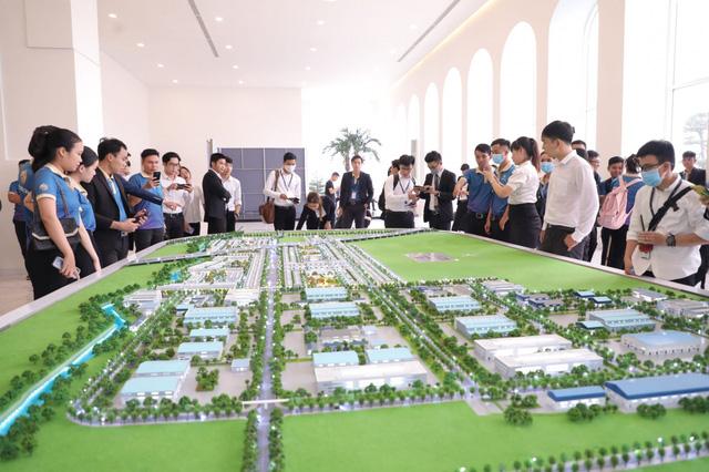 bat dong san long an Nhà đầu tư ôm lời lớn nhờ thị trường bất động sản Long An